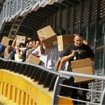 mexicanos-deportados-regresan-con-sus-pertenencias-DON-BARTLETTI-LOS-ANGELES-TIMES