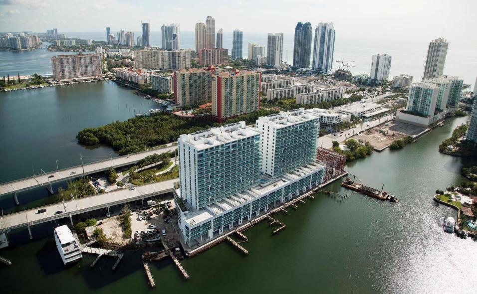 Alejandra Barrales compró departamento de lujo en Miami