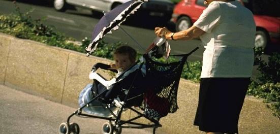abuelas que tutelan nietos en la CDMX