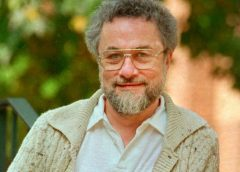 Muere locutor Adrian Cronauer