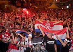 Croatas celebran segundo lugar