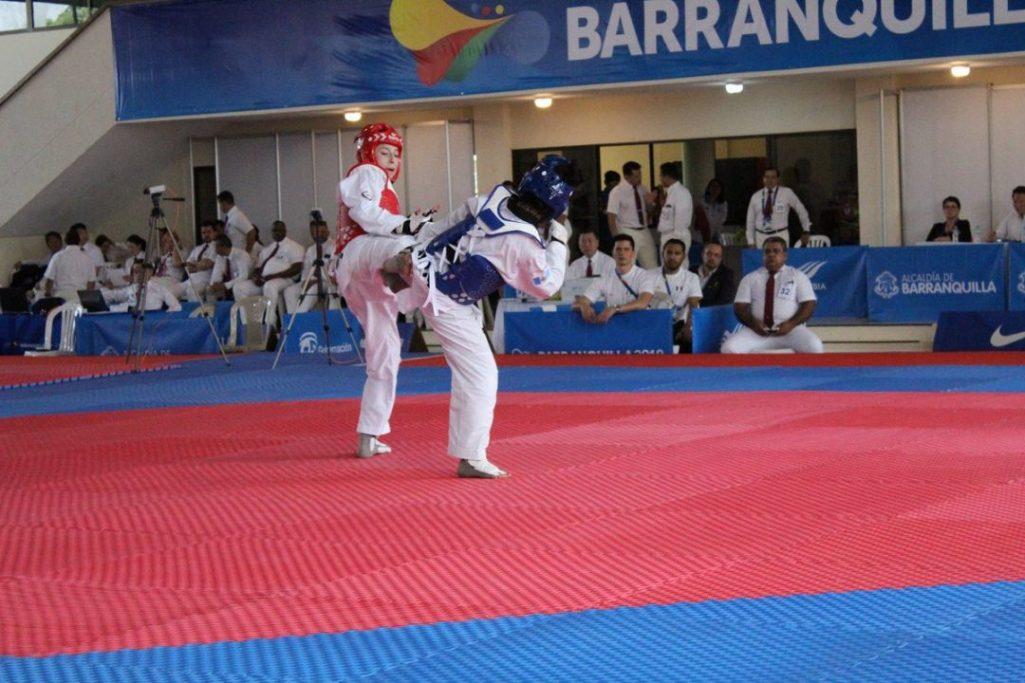 Daniela Souza, joven campeona del taekwondo
