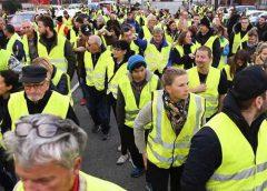 Chalecos amarillos vuelven a las calles