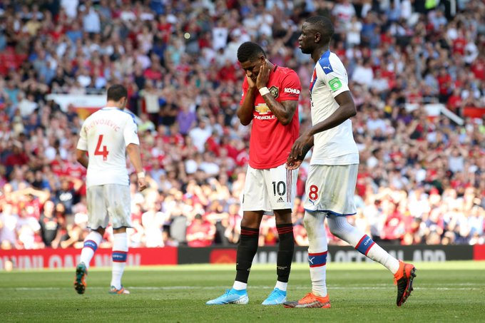 Manchester United cae